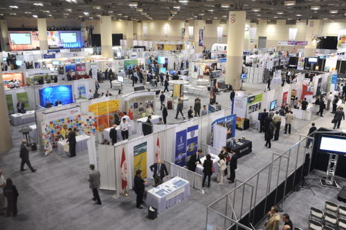 OCE Discovery picture of show floor