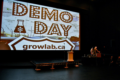 GrowLab DemoDay 2011 - Some rights reserved by miketippett